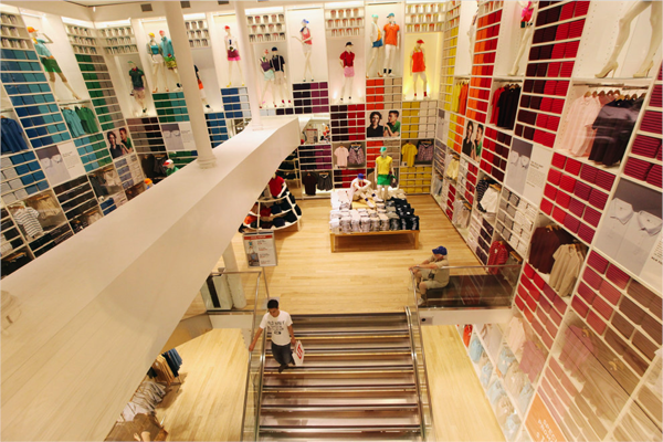 uniqlo_in-store_experience